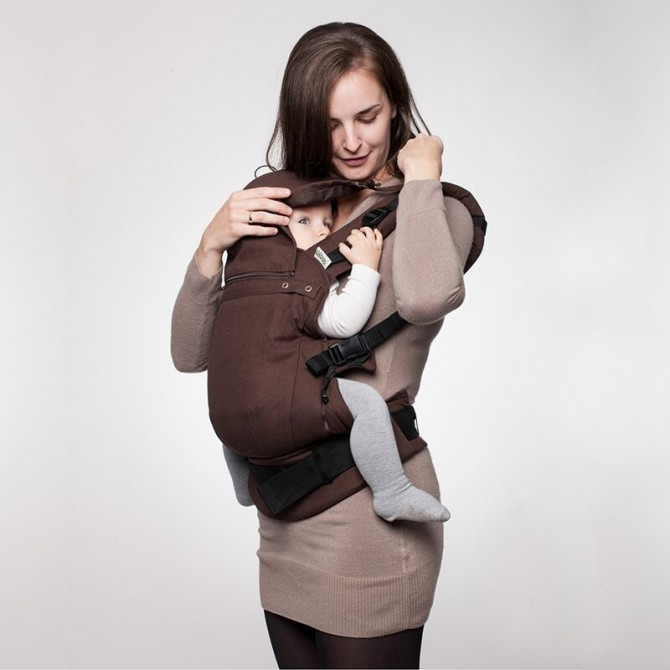 Soft baby carrier brown
