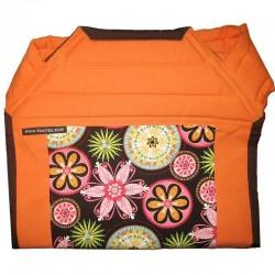 Mei tai naranja con flores