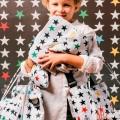 Maleta estrellas fondo blanco niño