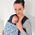 Fular elástico portabebés Mosaic Mirror con bebe de frente