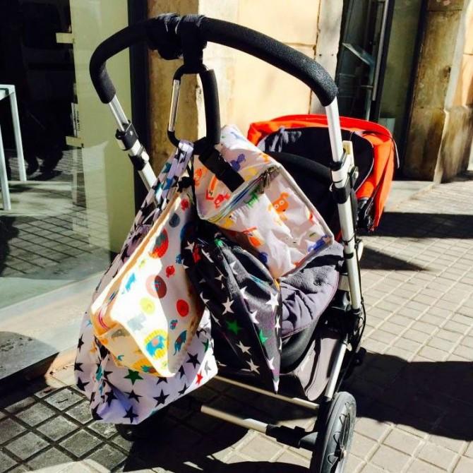 Gancho cuelgatodo silla bebe