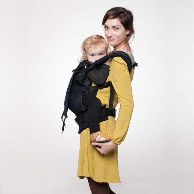 Soft baby carrier Black by liliputi