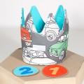 Corona de tela para cumpleaños - coches clásicos