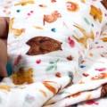 Detalle de musellina para bebe en tejido de bambú