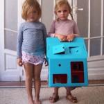 Casa carton niñas