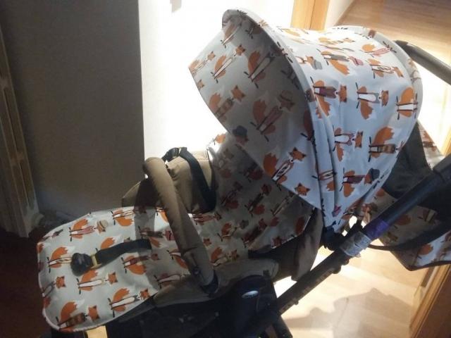Funda silla Jane Muum con dibujos de zorros en gris