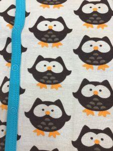 Detalle cierre ranita owls